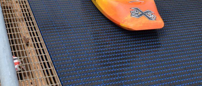 transports rafts, kayaks, tubes